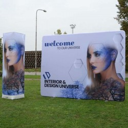 Pop-up display de exterior pneumatic Axion Wall 250-320