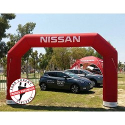 Poarta gonflabila personalizata Nissan